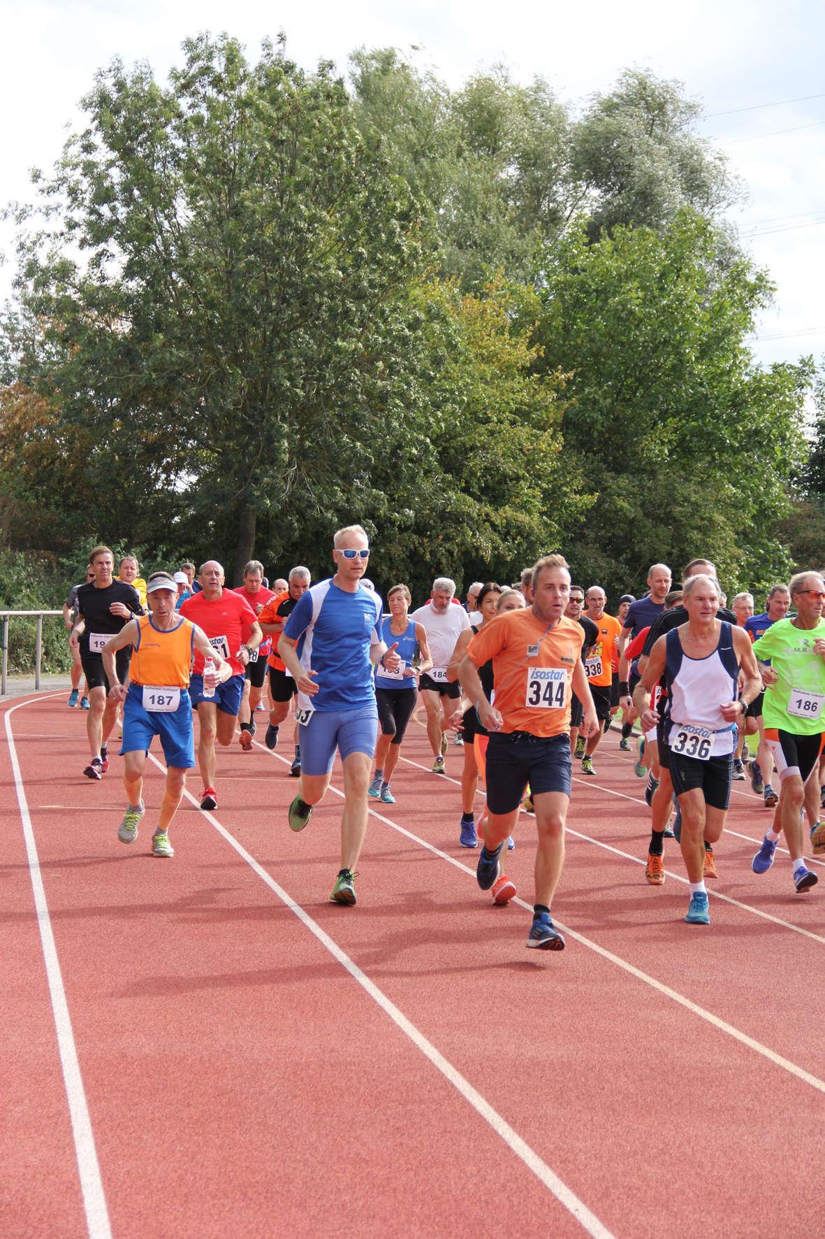 Volkslauf _ 2018 _ 07 _ Start 10 km _ (16)