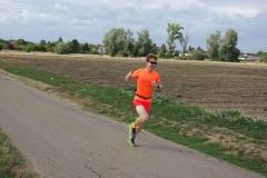 Volkslauf _ 2018 _ 10 _ Läufer auf der Strecke _ (2)