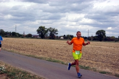 Volkslauf _ 2018 _ 10 _ Läufer auf der Strecke _ (23)