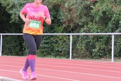 Volkslauf _ 2018 _ 11 _ Läufer zurück im Stadion _ (117)