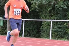 Volkslauf _ 2018 _ 11 _ Läufer zurück im Stadion _ (162)
