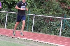 Volkslauf _ 2018 _ 11 _ Läufer zurück im Stadion _ (210)