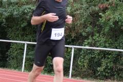 Volkslauf _ 2018 _ 11 _ Läufer zurück im Stadion _ (223)