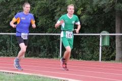 Volkslauf _ 2018 _ 11 _ Läufer zurück im Stadion _ (235)