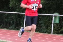 Volkslauf _ 2018 _ 11 _ Läufer zurück im Stadion _ (238)