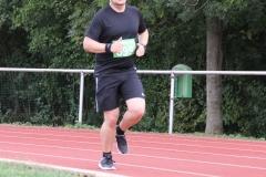 Volkslauf _ 2018 _ 11 _ Läufer zurück im Stadion _ (402)
